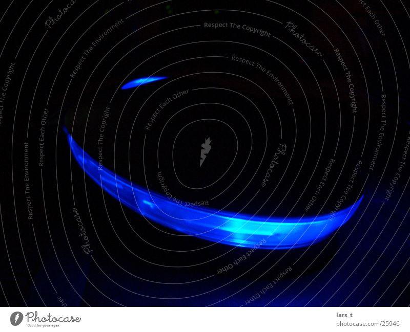 Maus im Dunklen dunkel Elektrisches Gerät Technik & Technologie Lampe blau Nahaufnahme ohne Blitz Computermaus