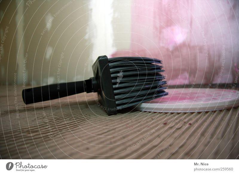 püskül Handwerker Anstreicher rosa Pinsel Renovieren malen streichen Werkzeug Wohnung Umzug (Wohnungswechsel) Farbe Baustelle tapezieren Raum Innenarchitektur