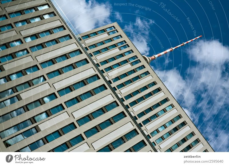 Fernsehturm Alexanderplatz Architektur Berlin Büro Großstadt Deutschland Berliner Fernsehturm Froschperspektive Hauptstadt Haus Himmel Himmel (Jenseits)