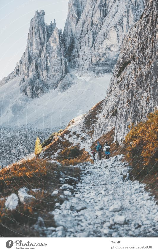 steinig Ferien & Urlaub & Reisen Tourismus Ausflug Abenteuer Freiheit Berge u. Gebirge wandern Umwelt Natur Landschaft Herbst Schönes Wetter Alpen bläulich