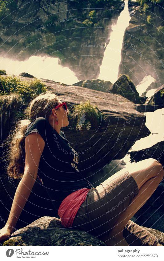 Ein Tag im Sommer Mensch Frau Natur Jugendliche Ferien & Urlaub & Reisen Wasser Pflanze Baum Landschaft Junge Frau Erwachsene Umwelt 18-30 Jahre Leben feminin