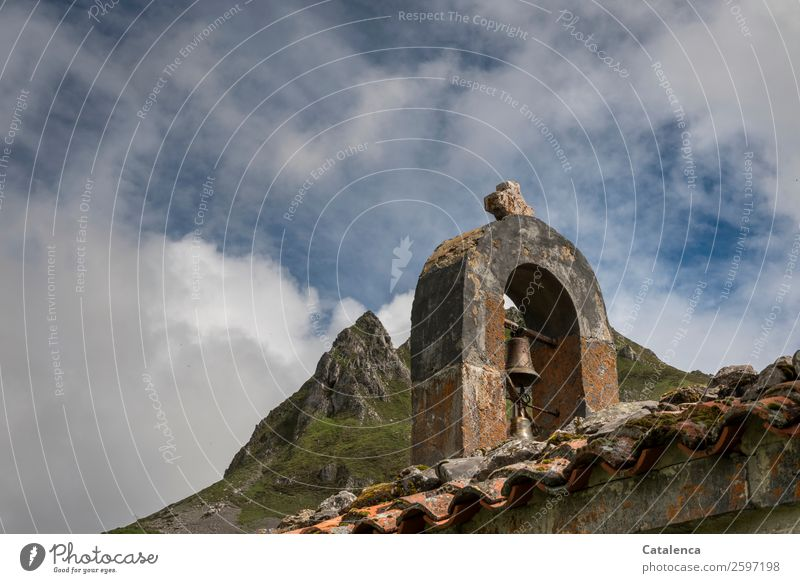 gen Himmel Natur alt blau grün Wolken Berge u. Gebirge Religion & Glaube Frühling Gebäude klein Stein orange braun wandern Metall