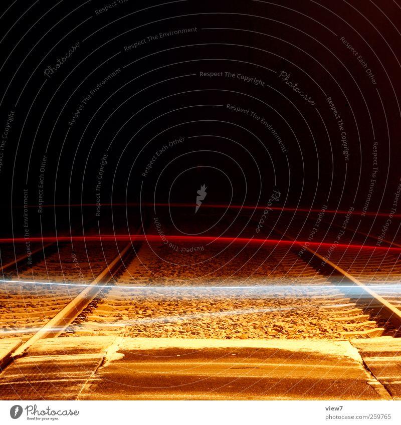 überfahrt Schnee Schneefall Verkehr Verkehrsmittel Verkehrswege Straße Straßenkreuzung Wege & Pfade Schienenverkehr Eisenbahn Linie Streifen gebrauchen fahren