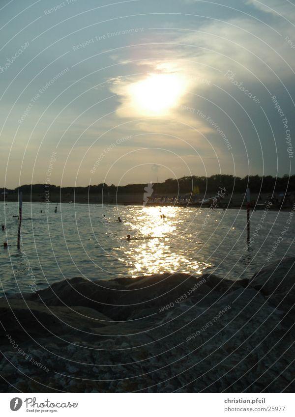 Venezianischer Sonnenuntergang 1 Venedig Meer Ferien & Urlaub & Reisen Tourist Strand Klippe gelb Romantik Stimmung Schwimmen & Baden Wasser Sand Felsen Stein