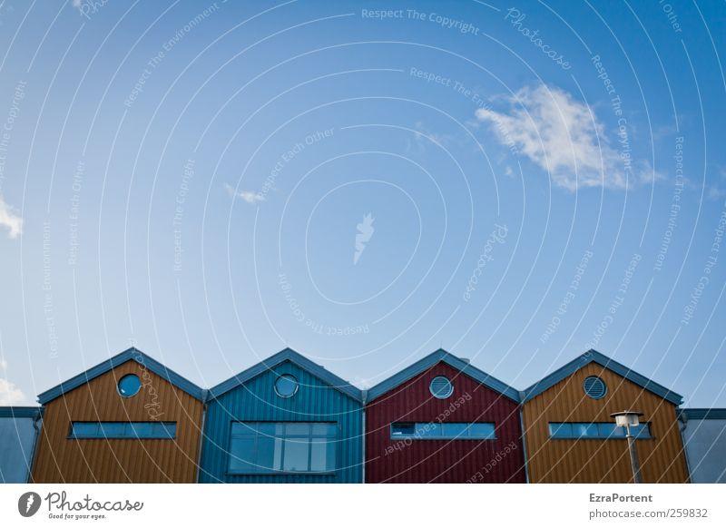 gelbBlauRotgelb Himmel blau Ferien & Urlaub & Reisen Sommer rot Landschaft Wolken Winter Erholung Haus Wand Herbst Architektur Holz Mauer