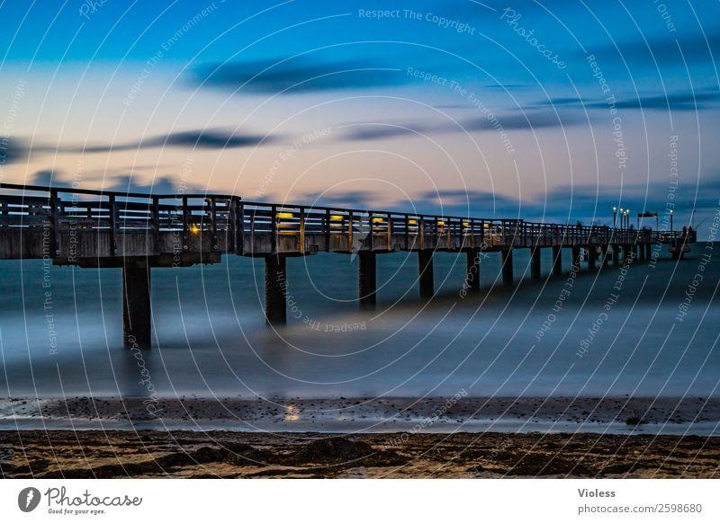 Heiligendamm Brücke Sehenswürdigkeit Bekanntheit blau Seebrücke Ostsee Bad Doberan Langzeitbelichtung Strand Mecklenburg-Vorpommern Seebadeort Abend Dämmerung