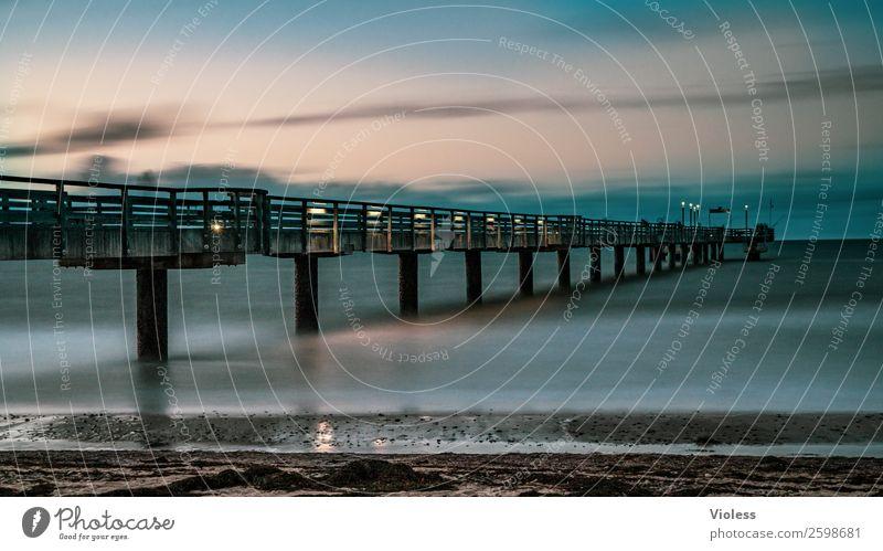 Heiligendamm III Brücke Sehenswürdigkeit Bekanntheit blau Seebrücke Ostsee Badeort Langzeitbelichtung Strand Mecklenburg-Vorpommern Abend Dämmerung Schatten