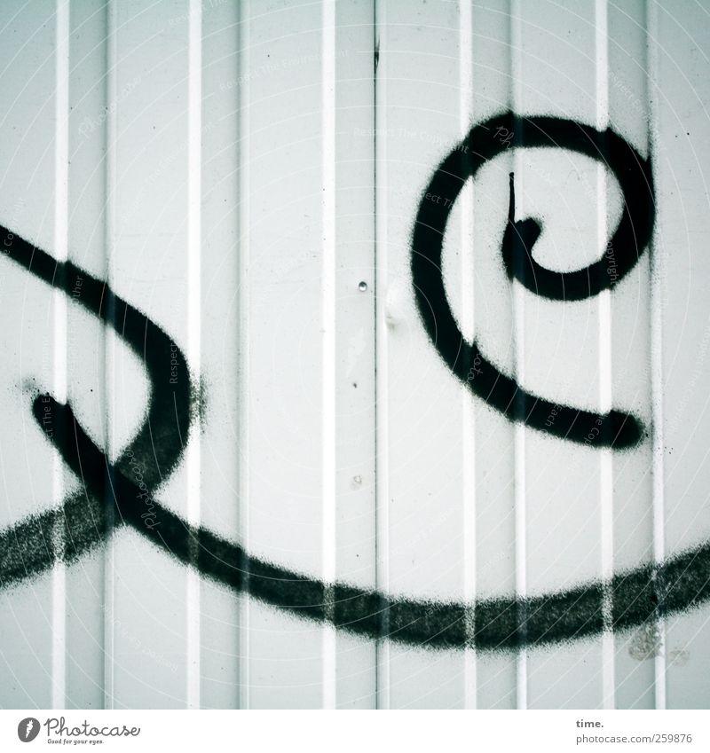 Containerclown Metall Zeichen Ornament Graffiti ästhetisch außergewöhnlich Wut Kreativität Kunst Freude Surrealismus Farbstoff gesprüht schwarz Lamelle