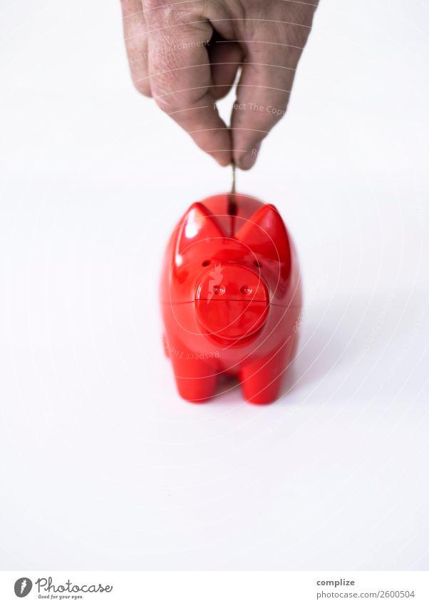 Spare, spare, Häusle baue! Kind rot Hand Tier Freude Lifestyle Glück Finger kaufen Geld Geldinstitut Reichtum Wirtschaft bezahlen sparen Euro