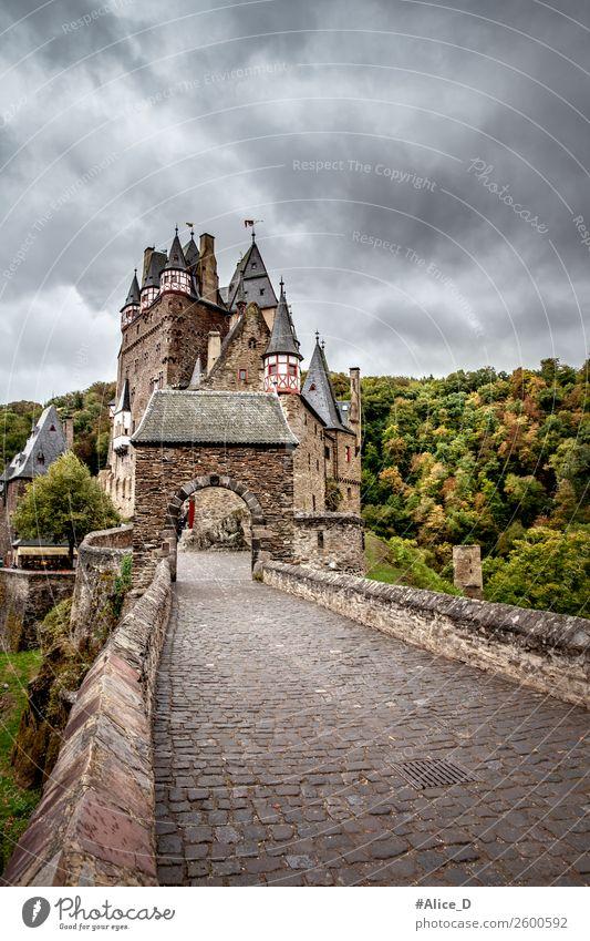 Burg Eltz Eifel Deutschland Natur Ferien & Urlaub & Reisen Wald Berge u. Gebirge dunkel Architektur Gebäude Tourismus Ausflug wandern Park Europa Kultur