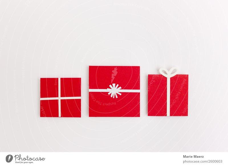 Rote Geschenke aus Papier kaufen Stil Glück Feste & Feiern Weihnachten & Advent groß modern positiv schön rot weiß Tugend Freude dankbar Freundschaft
