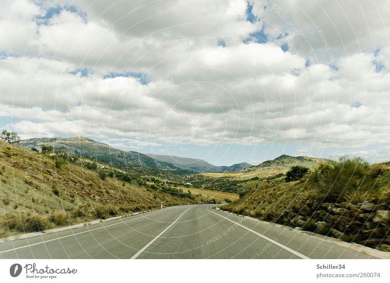 Road Trip Himmel Natur grün Baum Ferien & Urlaub & Reisen Sommer Wolken Wiese Landschaft Berge u. Gebirge Gras PKW Feld Felsen Ausflug Tourismus