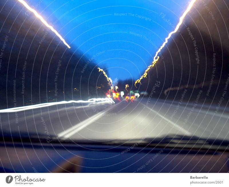 Lichtstreifen Autofahren Abend Dämmerung Fototechnik Bewegung