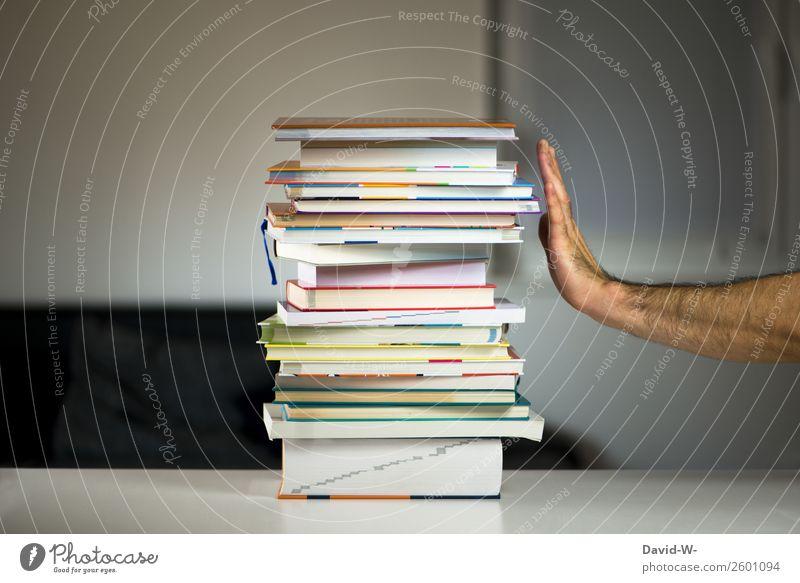 Nein Danke Bildung Schule lernen Student Prüfung & Examen Arbeitsplatz Büro Mensch maskulin Mann Erwachsene Leben Hand 1 Wut Ärger gereizt Bücherstapel Buch
