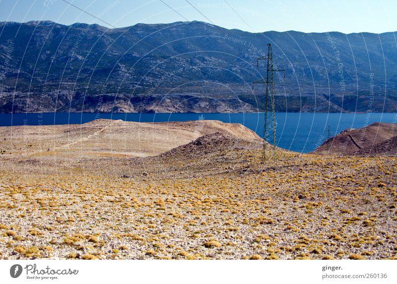 Ich schieß dich zum Mond... Natur blau Wasser Sommer Umwelt Landschaft Berge u. Gebirge Sand Küste Stimmung Horizont Insel Schönes Wetter Strommast Fernweh Hochspannungsleitung