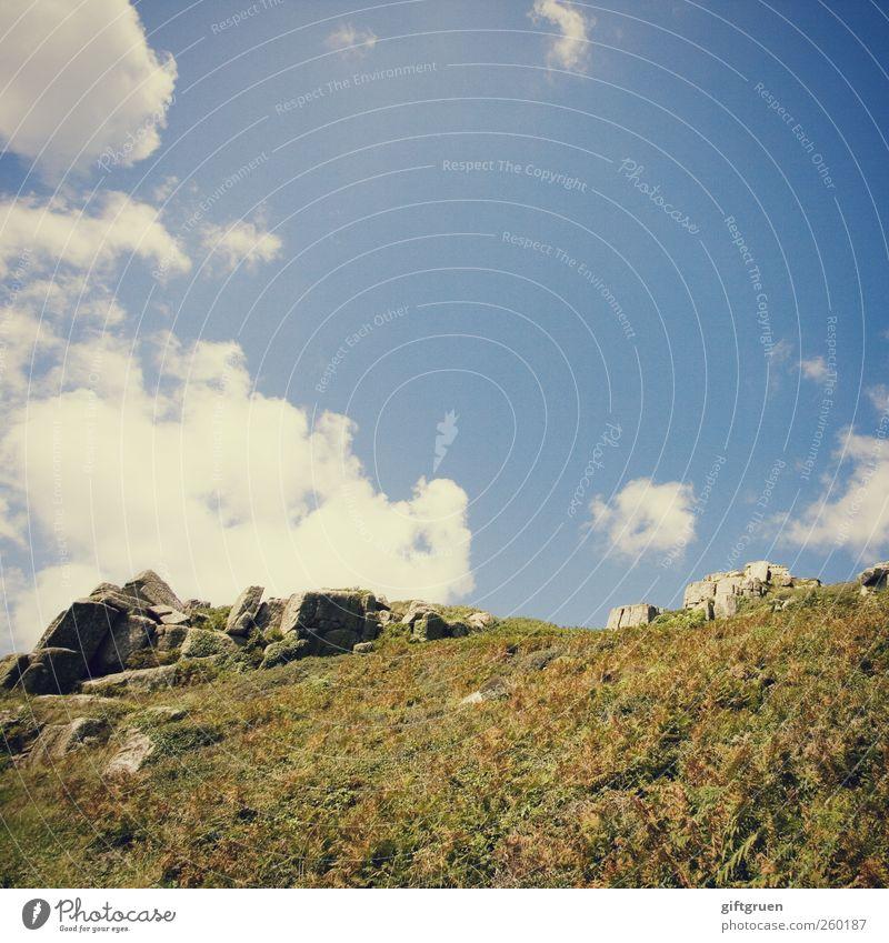 cornish hills Umwelt Natur Landschaft Pflanze Urelemente Erde Himmel Wolken Sommer Wetter Schönes Wetter Gras Wiese Hügel Felsen Berge u. Gebirge Gipfel