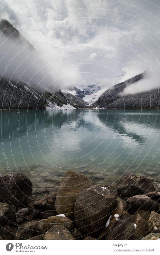 Geschmolzen Ferien & Urlaub & Reisen Natur Landschaft Wolken Winter Ferne Berge u. Gebirge kalt Schnee Tourismus Freiheit See Ausflug Nebel Abenteuer Klima
