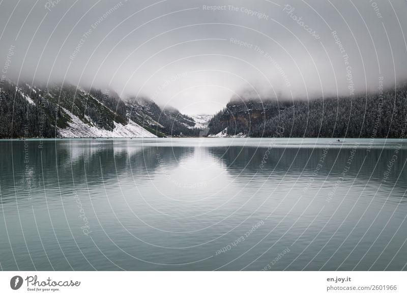 begrenzte Sicht Ferien & Urlaub & Reisen Natur Landschaft Erholung Einsamkeit ruhig Winter Ferne Berge u. Gebirge kalt Schnee Tourismus Freiheit See Ausflug