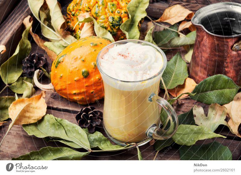 Kürbisgewürzkaffee mit Schlagsahne Kaffee Latte Herbst Lebensmittel trinken Getränk fallen Zimt rustikal heiß Sahne Gemüse geschmackvoll Cocktail lecker Tasse