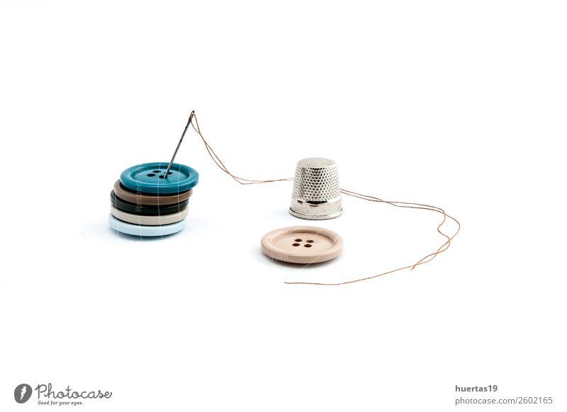 Nähutensilien Lifestyle elegant Stil Schere Maßband Mode Kleid Anzug Stoff Accessoire Arbeit & Erwerbstätigkeit Nähset Knöpfe Faser Spulen aus Garn Garnfarben