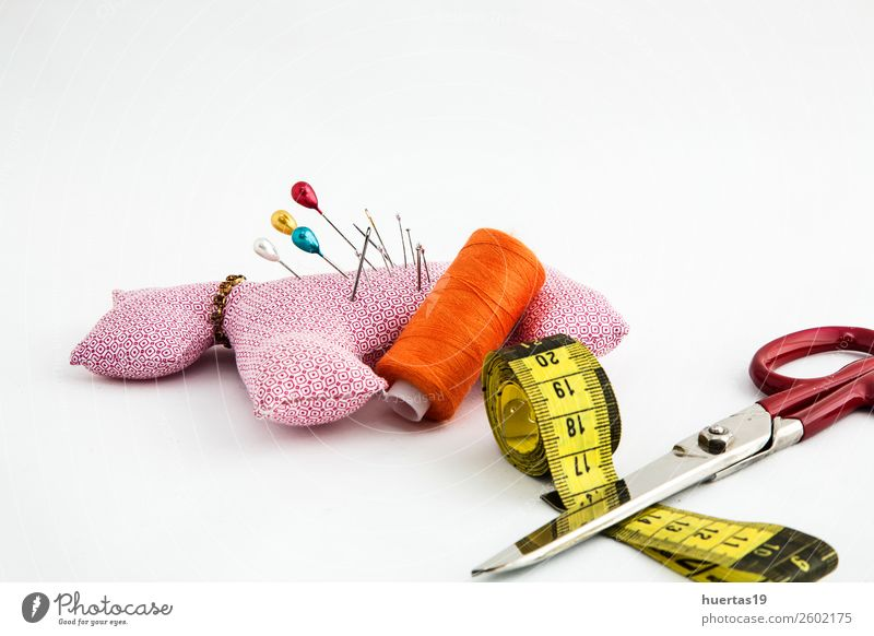 Nähutensilien Schere Maßband Mode Kleid Anzug Stoff Accessoire Arbeit & Erwerbstätigkeit Nähset Knöpfe Faser Spulen aus Garn Garnfarben Textil Nähkästchen