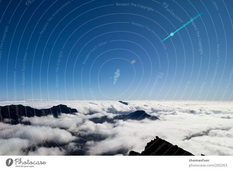 Sie kommen!!! Himmel blau weiß Ferien & Urlaub & Reisen Sonne Wolken schwarz ruhig Ferne Berge u. Gebirge Freiheit Erde Luft Horizont Erde wandern