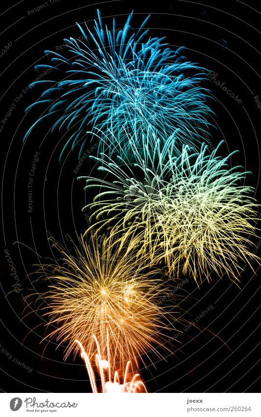 Acht100 Feste & Feiern Silvester u. Neujahr hell verrückt blau mehrfarbig gelb gold grün rot schwarz Glück Farbe Wunsch Feuerwerk Farbfoto Außenaufnahme Muster