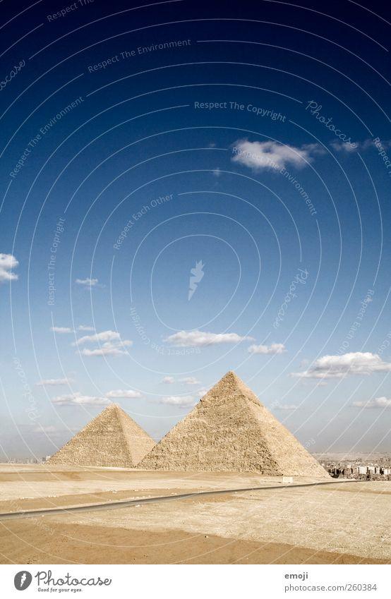 ^^ Umwelt Natur Landschaft Himmel Schönes Wetter Dürre Wüste außergewöhnlich weltwunder Gizeh Pyramide Pyramiden von Gizeh 2 Kunst Kultur Kulturdenkmal