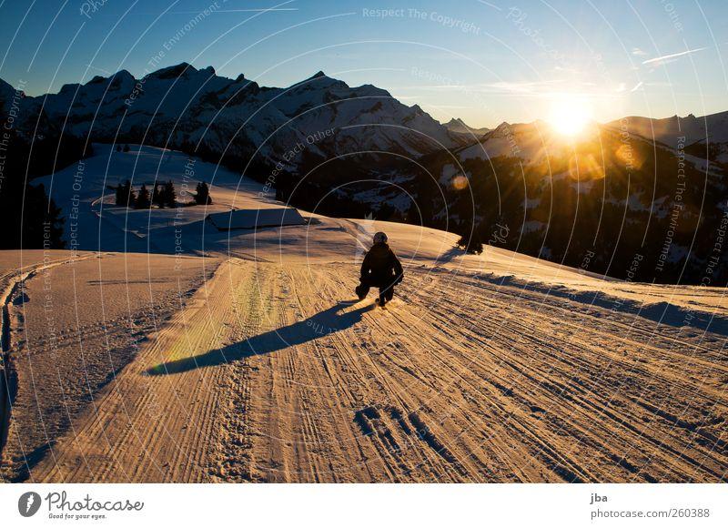 Fahrt im Abendrot Mensch Himmel Natur Jugendliche Sonne Winter Erwachsene Landschaft Schnee Sport Leben Berge u. Gebirge Bewegung Zufriedenheit Junge Frau 18-30 Jahre