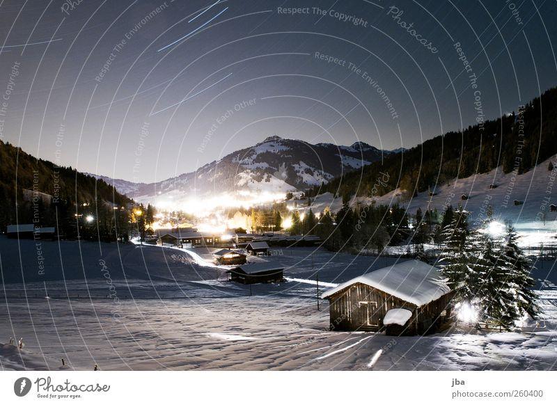 *** 400 *** Himmel Baum Winter Haus Schnee Landschaft Berge u. Gebirge Holz Bewegung Luft Stern Tourismus authentisch leuchten Alpen Dorf