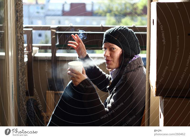 Frühstück II Mensch Frau Jugendliche Hand weiß schwarz Erwachsene Gesicht Erholung Haare & Frisuren braun Zufriedenheit maskulin 18-30 Jahre Junge Frau Tabakwaren