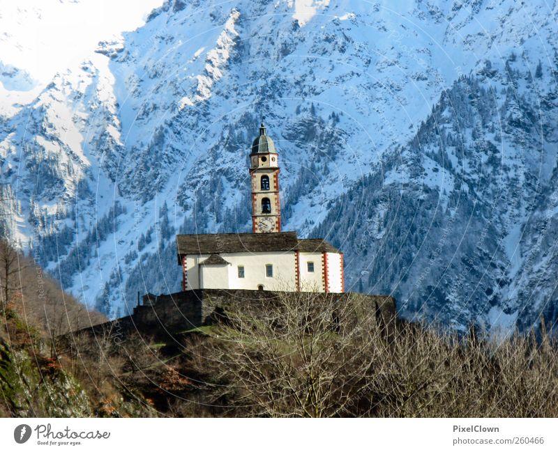 Kirche mittendrin blau weiß Einsamkeit Leben Schnee Landschaft Berge u. Gebirge Stein Kunst Alpen Bauwerk
