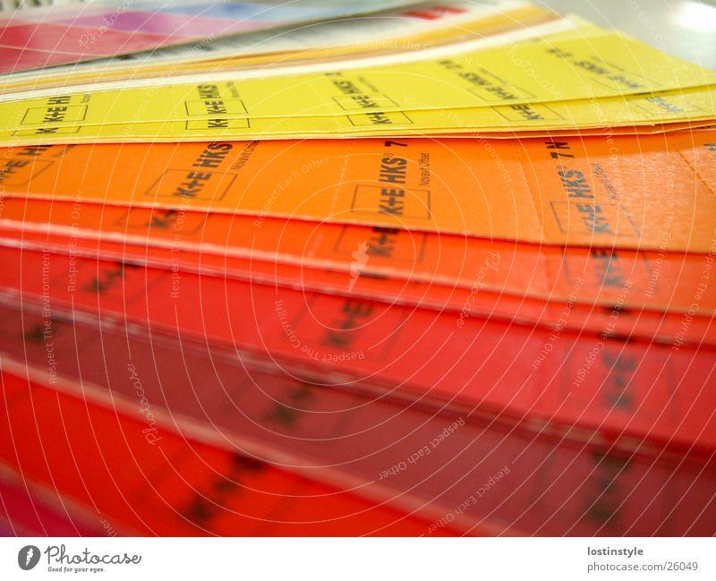HKS-Fächer Herz-/Kreislauf-System Druckvorstufe mehrfarbig Zeitung Zeitschrift Farbe Sonderfarbe