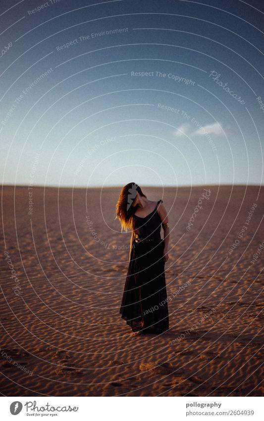 alone elegant Stil Gesundheit Behandlung feminin Frau Erwachsene Körper 1 Mensch 18-30 Jahre Jugendliche Natur Erde Luft Himmel Sommer Schönes Wetter Wüste