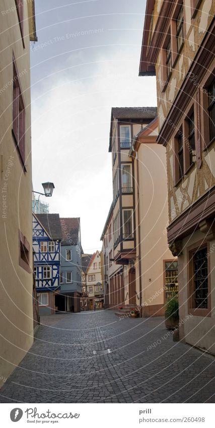 Wertheim Old Town scenery ruhig Sommer Haus Kultur Stadt Stadtzentrum Altstadt Bauwerk Gebäude Architektur Fassade Sehenswürdigkeit Wahrzeichen Straße alt
