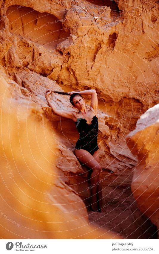 Canyon Girl III Lifestyle elegant Stil schön Körper Haare & Frisuren Ferien & Urlaub & Reisen Abenteuer Ferne Freiheit feminin Frau Erwachsene 1 Mensch