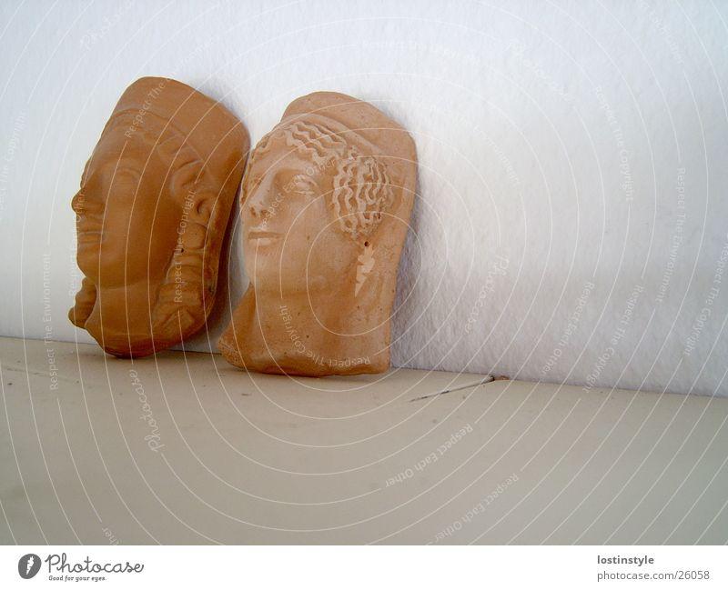 staubig Keramik Ikonen historisch Kopf Maske Gesicht