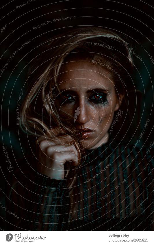 Cry schön Haare & Frisuren Gesicht Gesundheit Krankheit Mensch Kopf 1 18-30 Jahre Jugendliche Erwachsene weinen trist feminin Gefühle Laster Mitgefühl Schmerz