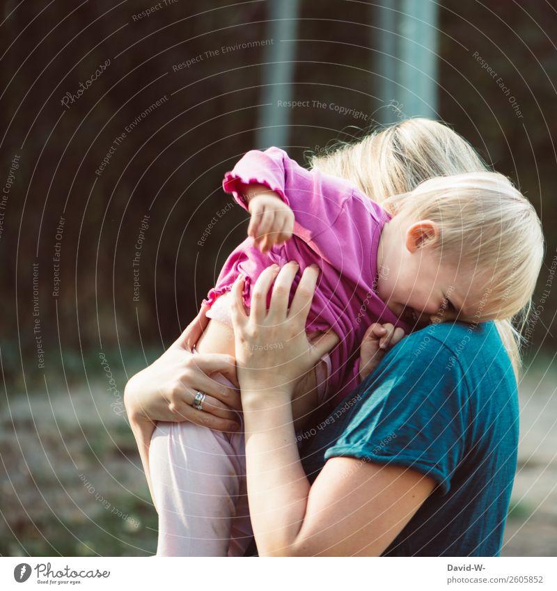 Liebe Kind Mensch Natur Sommer Freude Mädchen Erwachsene Leben Umwelt lustig feminin Gefühle lachen Spielen Zusammensein