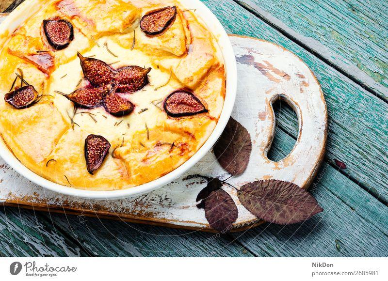 Italienische Focaccia mit Feigen Frucht Kuchen süß Pasteten Dessert Herbst Lebensmittel selbstgemacht Hüttenkäse lecker frisch gebacken Bäckerei Zucker Beeren