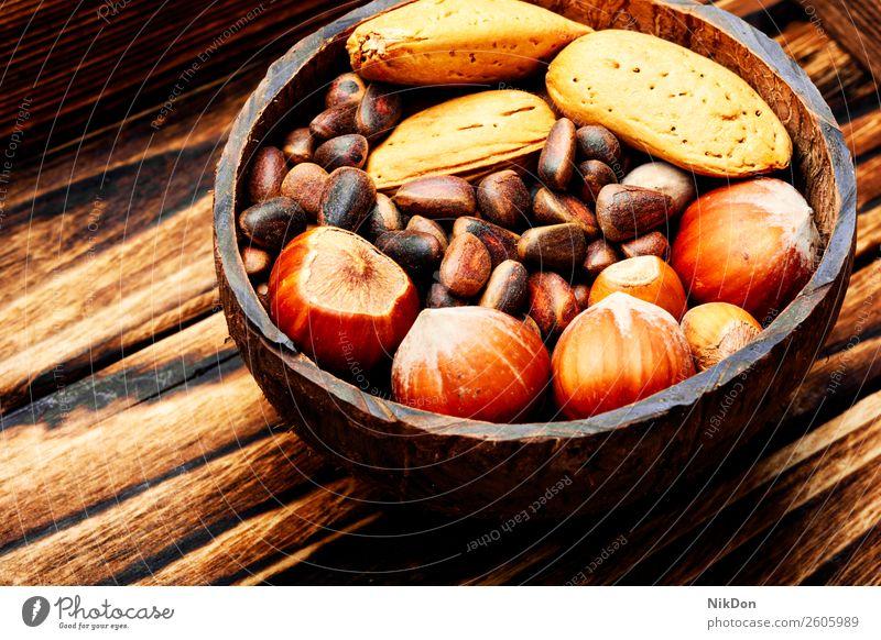 Gemischte Nüsse Nut Mandel Lebensmittel Bestandteil Haselnuss Cashewnuss Samen mischen Gesundheit Snack Vegetarier Frucht organisch natürlich Nahaufnahme braun