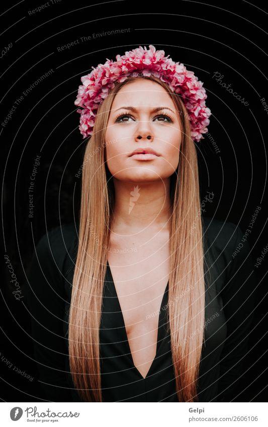 hübsches Mädchen Lifestyle Freude Glück schön Haut Gesicht Mensch Frau Erwachsene Natur Blume Mode Lächeln Liebe Erotik Fröhlichkeit frisch natürlich niedlich