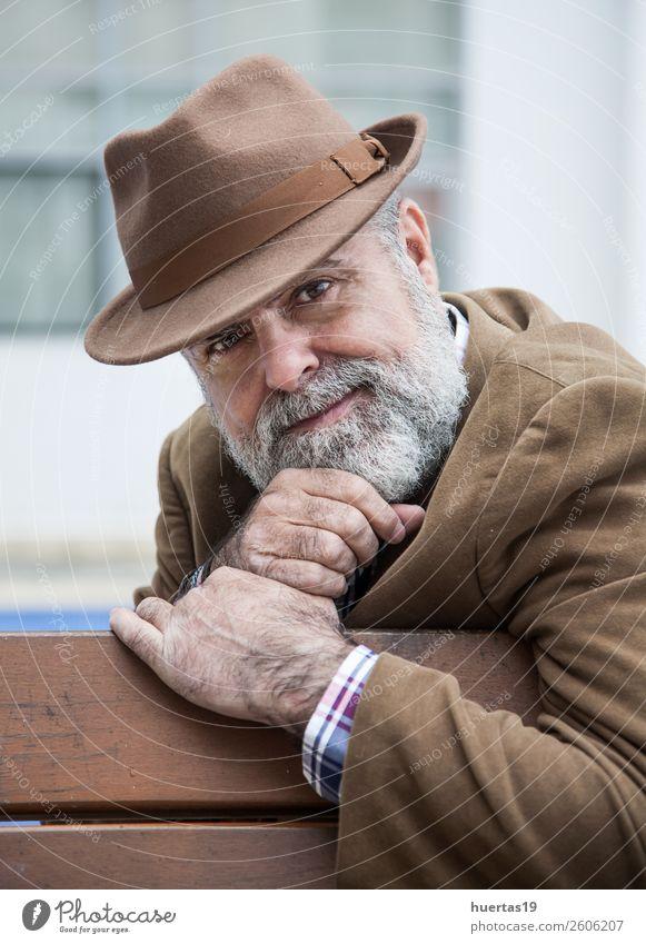 Attraktiver Mann 50 Jahre alt Lifestyle elegant Stil Haare & Frisuren Gesicht ruhig Mensch maskulin Erwachsene 45-60 Jahre Mode Bekleidung Vollbart stehen