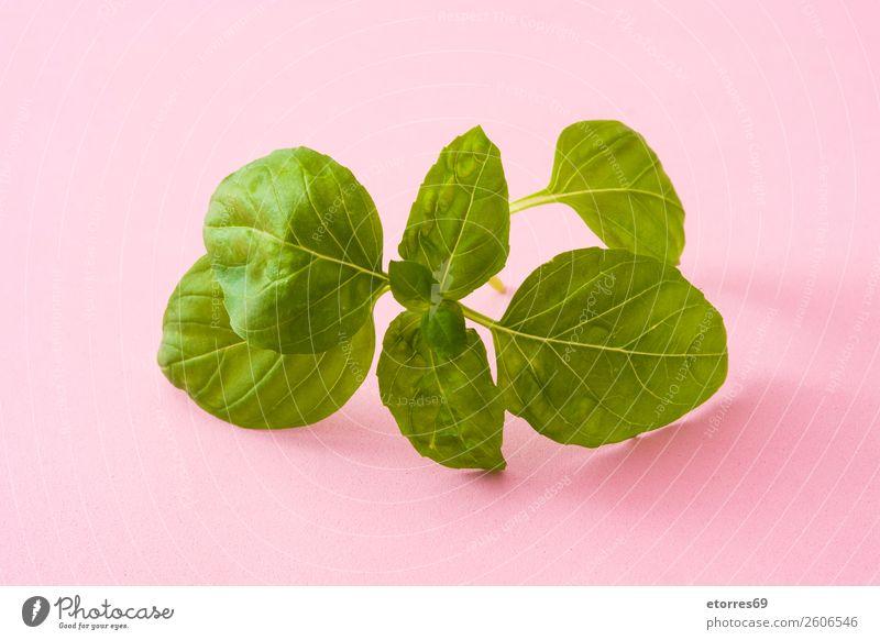 Basilikumblätter Blatt grün frisch Kräuter & Gewürze Minze aromatisch Pflanze Lebensmittel Zutaten organisch Natur weiß roh Gemüse Vegetarische Ernährung