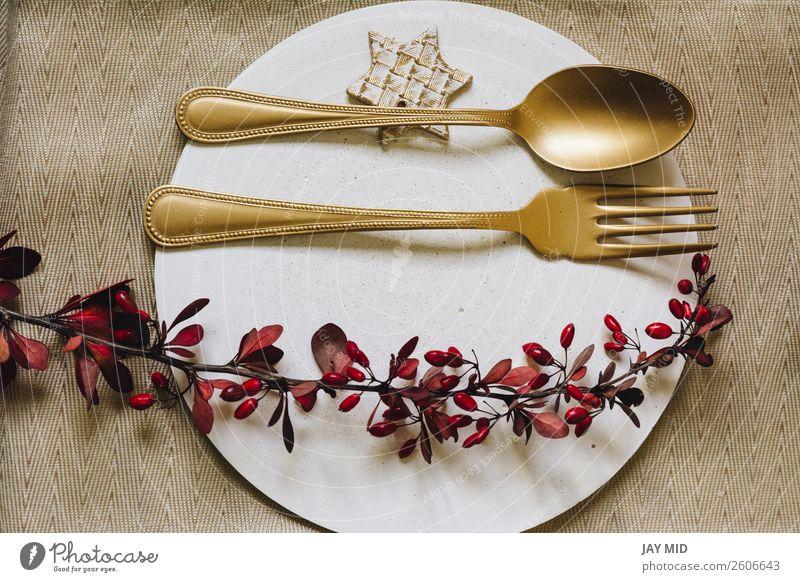 Holiday Gold Platz Setzschale mit Gabel und goldenem Löffel. Abendessen Teller elegant Winter Dekoration & Verzierung Tisch Restaurant Feste & Feiern