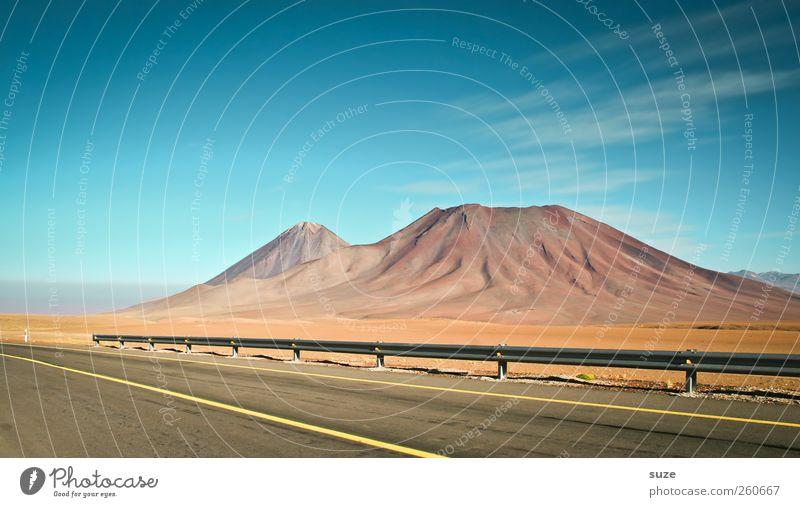 Road Trip Himmel Natur blau Ferien & Urlaub & Reisen schön Sommer Landschaft Umwelt Berge u. Gebirge Straße Wege & Pfade außergewöhnlich Erde Klima Verkehr