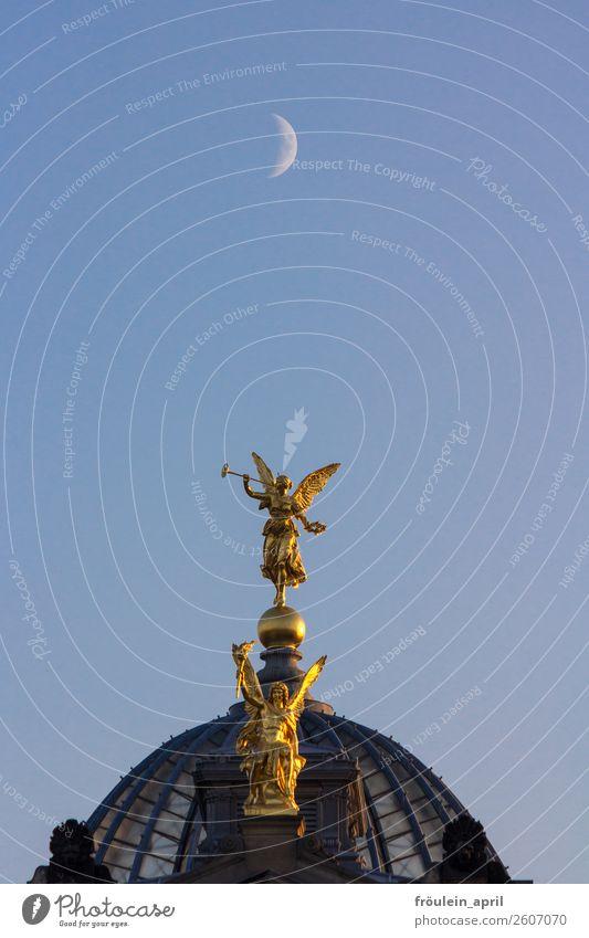 kleine Nachtmusik Wolkenloser Himmel Mond Deutschland Sachsen Stadt Stadtzentrum Bauwerk Architektur Sehenswürdigkeit Wahrzeichen Denkmal Kunstakademie Dresden