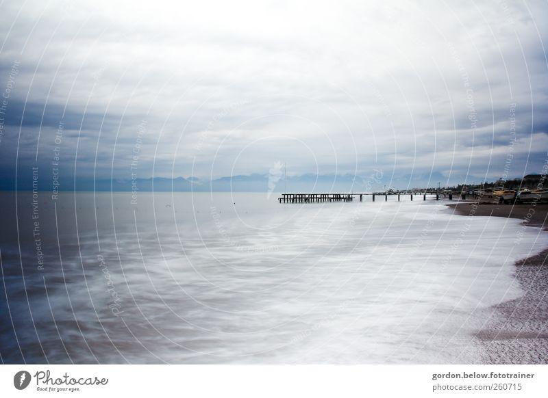 weite Wasser Himmel blau Wasser Ferien & Urlaub & Reisen Meer Strand Wolken Ferne Herbst grau Küste Luft Regen Wetter Wellen Wind