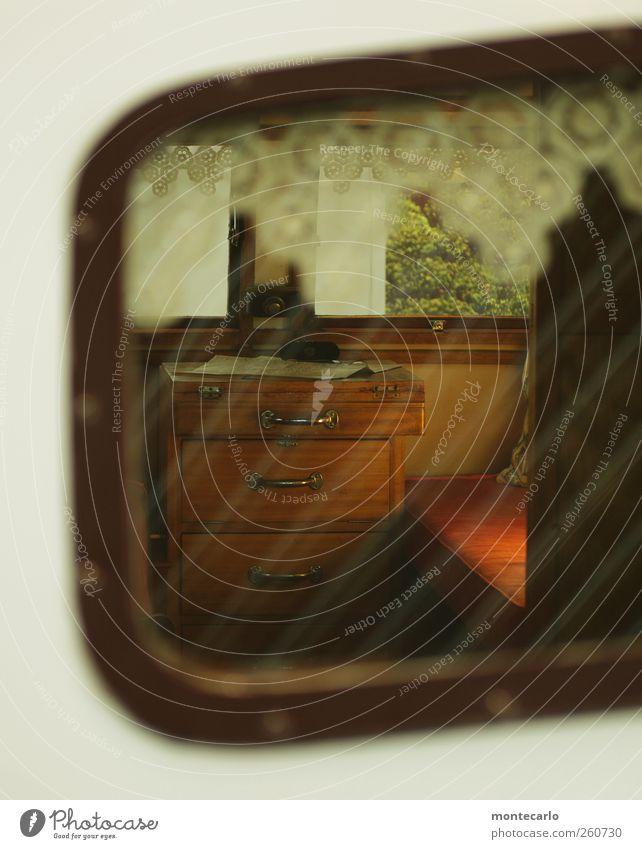 Voyeur Stil Design Freizeit & Hobby Ferien & Urlaub & Reisen Camping Sommerurlaub Häusliches Leben Innenarchitektur Möbel Bett Raum Wohnwagen Glas alt gut braun