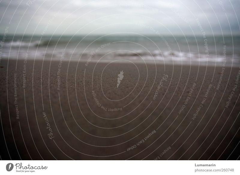 to be gone Himmel Wasser Strand Wolken Einsamkeit Ferne Umwelt Landschaft Sand Stimmung Horizont Wellen nass natürlich liegen groß